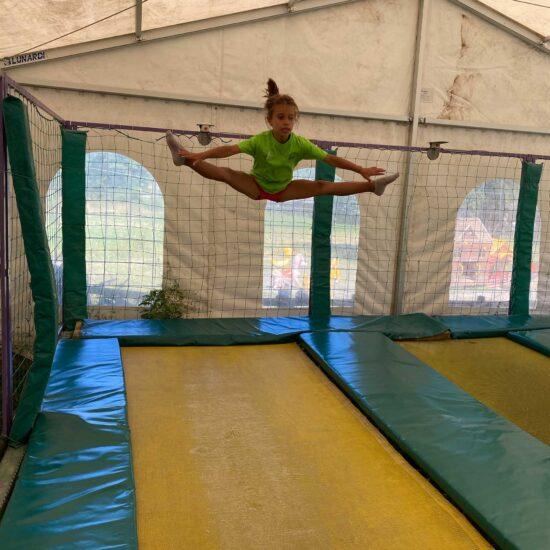 salto sui trampolini